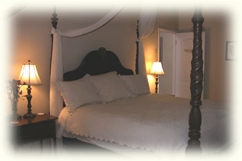The California King Four Poster Bed